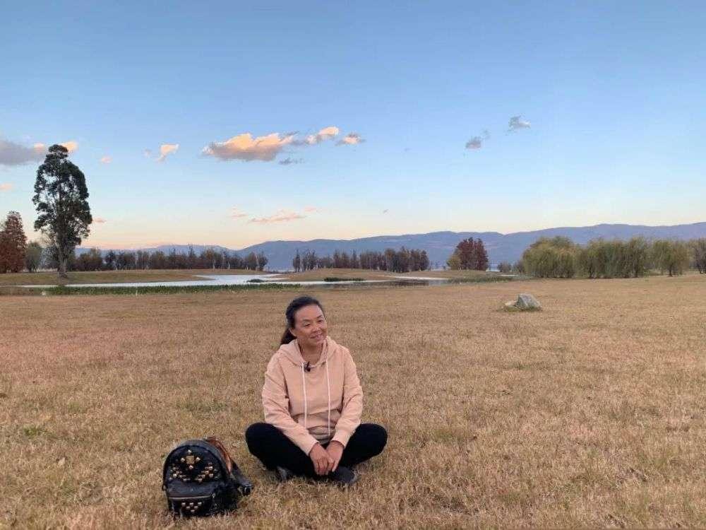 专访50岁自驾游网红阿姨:做自媒体是为了自由